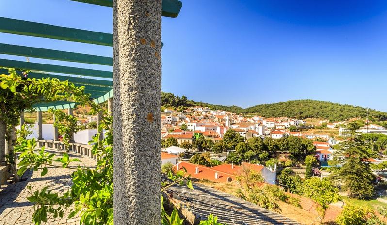 Eine der lohnenswertesten: das Thermalbad in Caldas de Monchique. Das Heilbad besteht aus mehreren Hotels, die gleichermaßen stilvoll und historisch eingerichtet sind. (#03)