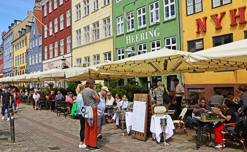Der Anbieter ist also mit seiner langjährigen Erfahrung der richtige Ansprechpartner für alle Personen, die einen maßgeschneiderten, günstigen und wunderschönen Urlaub in Europa, besonders Dänemark verbringen möchten.