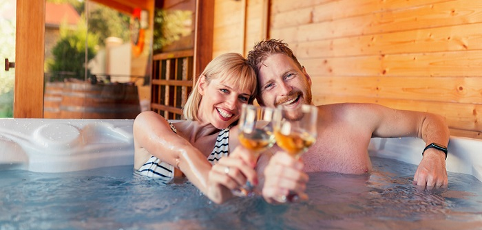 Alltagsstress ade: Wellness am Jahrestag ( Foto: Shutterstock- Impact Photography)